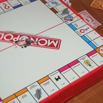 10 Surprising Lessons Learned Playing Monopoly